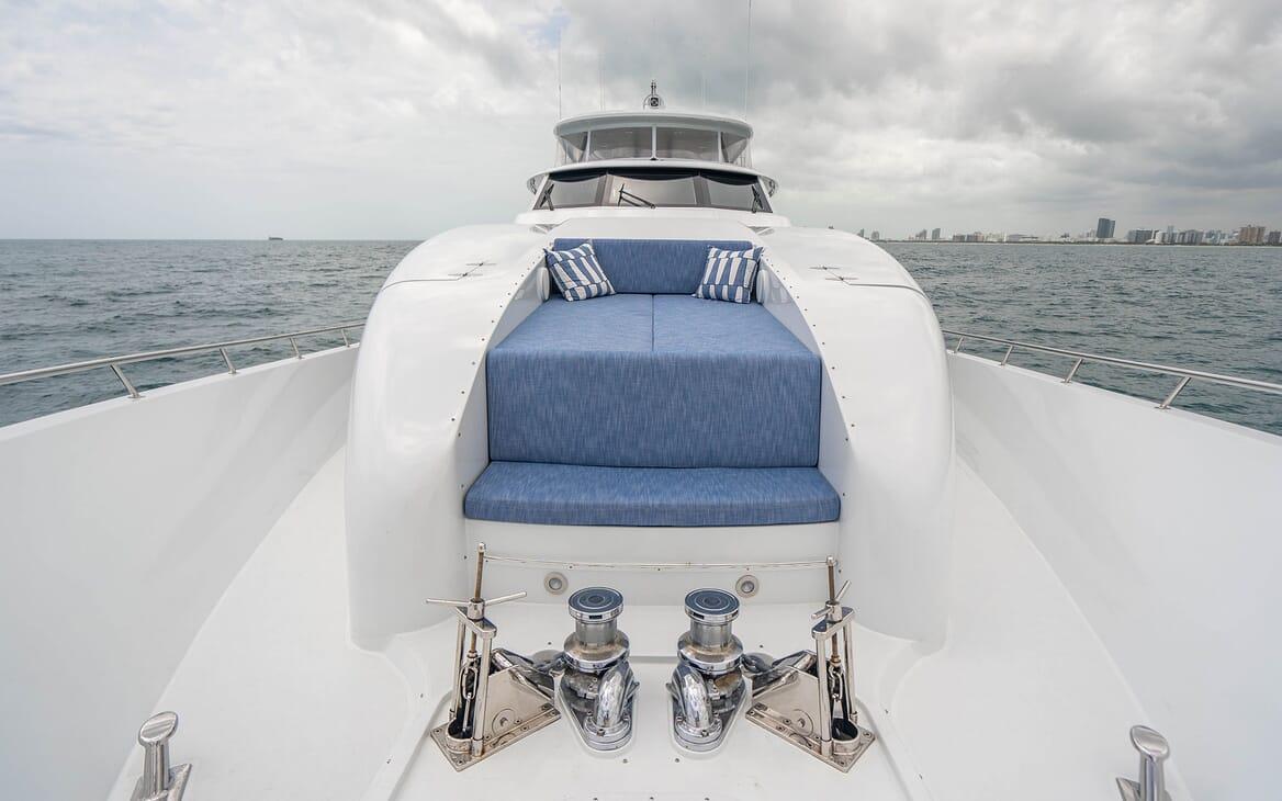 Motor Yacht RISK & REWARD Forward Bow Seating