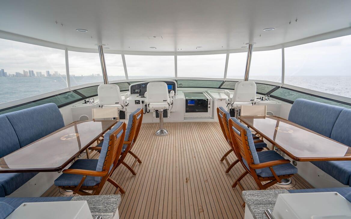 Motor Yacht RISK & REWARD Sun Deck Wheelhouse and Seating Area