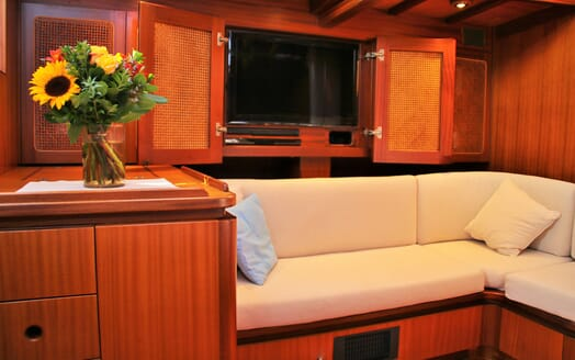 Sailing Yacht CAMILLA OF LONDON Main Saloon TV